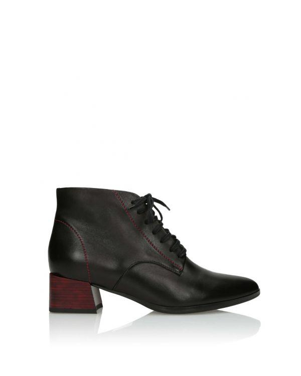 Czarne sznurowane botki damskie 3i - 11660 - 1