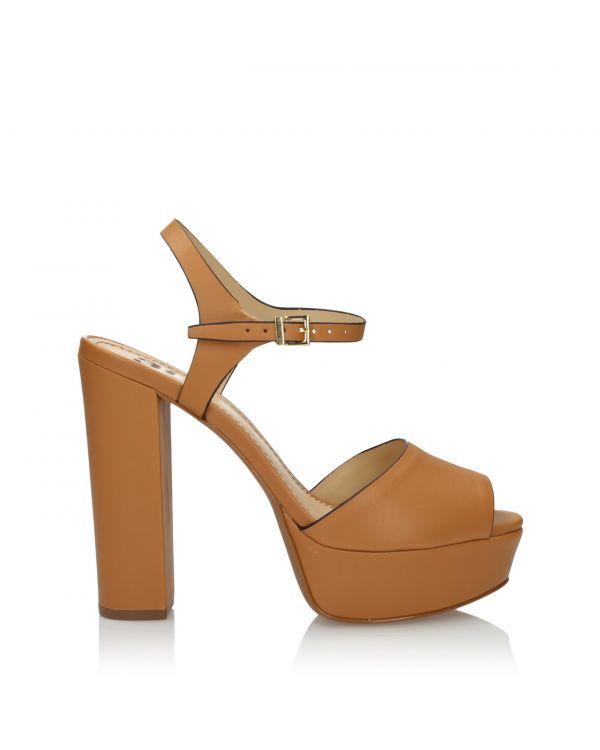 Jasnobrązowe sandały damskie 3i na słupku - L210111029X02 - 1