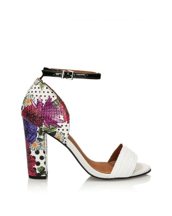 Białe sandały damskie z kwiatowym wzorem 3i - 11164 - 1