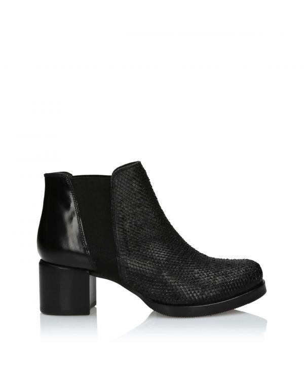 3i Black ankle boots - U619-01/03 Black - 1